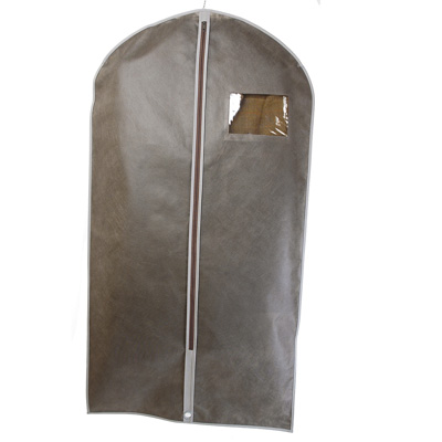 Housses v tements housses v tements en stock for Housse transport costume